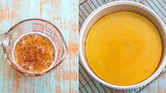 Collage de salsa de caramelo para flan que se está preparando
