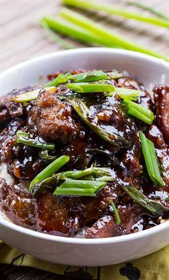 Carne mongol (PF Changs copycat). ¡Tan fácil de hacer y sabe incluso mejor que casero!