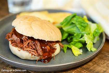 Le encantará esta receta de sándwich de pechuga de olla de barro. ¡Espero que pruebes esta receta rápida y fácil de pechuga picada de olla de cocción lenta hoy!