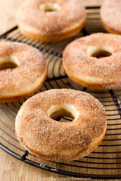 Rosquillas de azúcar con canela Rosquillas de azúcar con canela