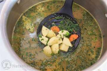 Sopa de champiñones y papa rusa-2