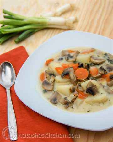 Sopa de champiñones y papa rusa-3