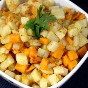 Patatas fritas y batatas cuadradas