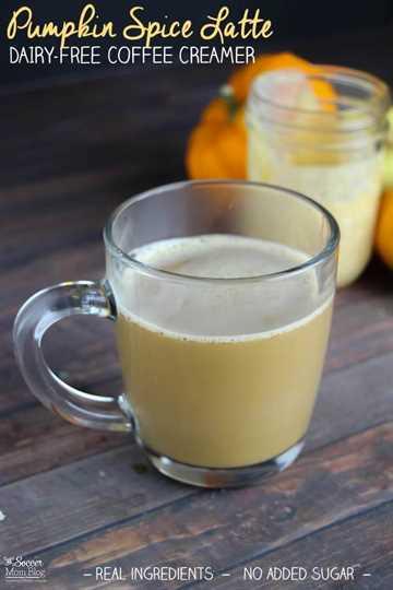 Una versión saludable de un favorito de otoño de todos los tiempos: Latte Spice de calabaza sin lácteos hecho con rica leche de coco. ¡FÁCIL, receta de un paso!