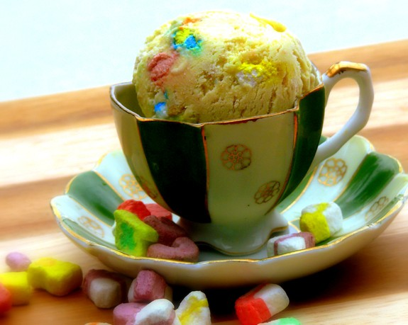 Lucky Charms Ice Cream from NoblePig.com