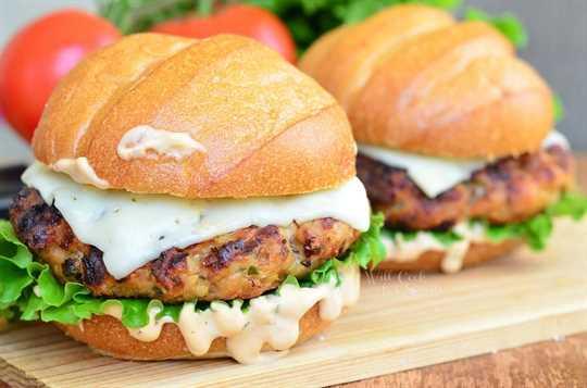 Spicy Chipotle Chicken Burger 3