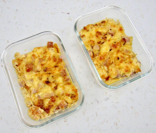 Cazuela de coliflor y jamón asado en 2 recipientes de vidrio