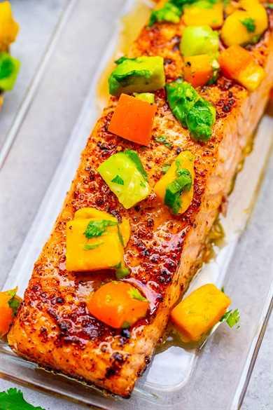 Chile Salmón Lima con Salsa de Mango y Aguacate - ¡Salmón tierno e INCREÍBLE con salsa de mango que estalla con SABORES mexicanos para complementar el pescado! ¡¡FÁCIL y listo en 15 minutos !!
