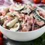 Receta cremosa de ensalada de tomate y pepino