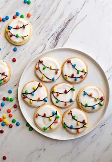 Luces de Navidad Cookies en un plato blanco.