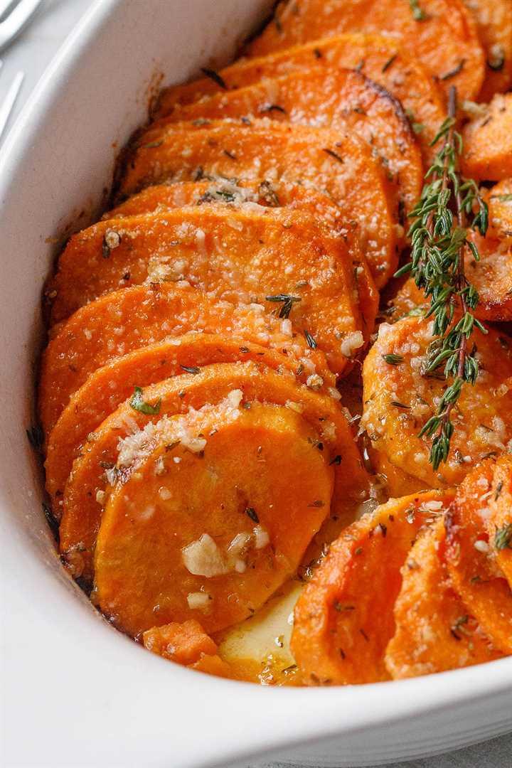 Batatas asadas con parmesano y ajo - # eatwell101 # receta tierna, extra-sabrosa # asada # dulce # papas fáciles de hacer