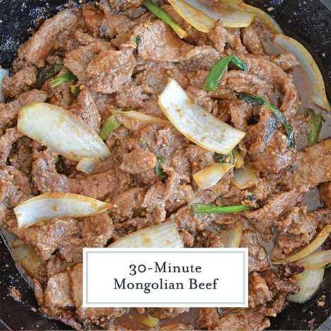 Receta de carne mongol en una sartén de hierro fundido