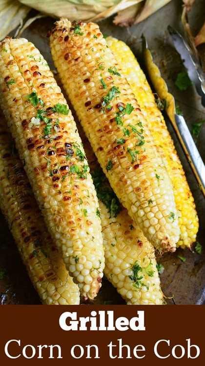 maíz a la parrilla con mantequilla de hierbas