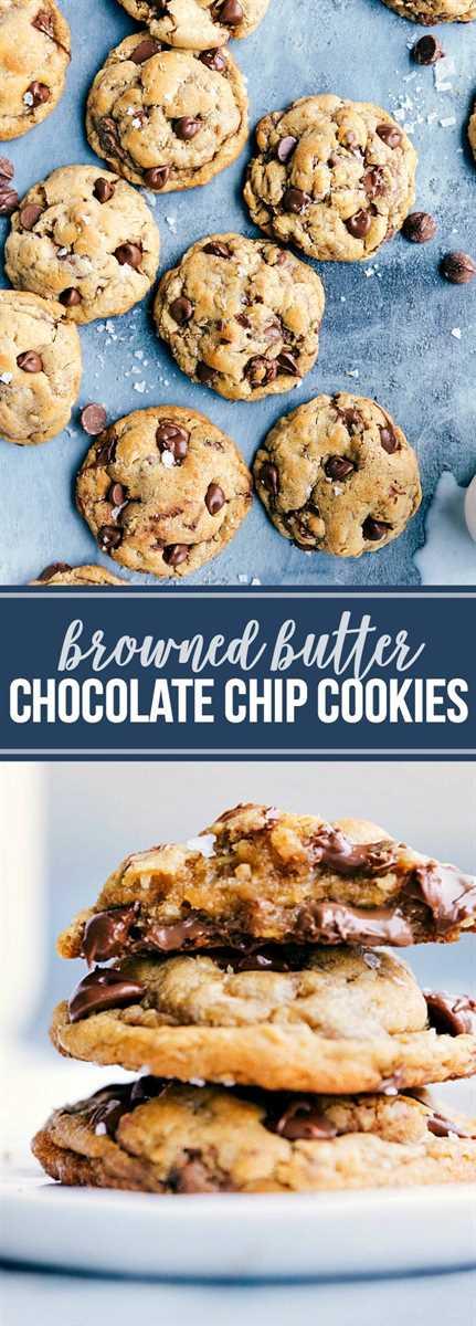 ¡Las mejores galletas de chispas de chocolate con mantequilla marrón! ¡Todos se vuelven LOCOS por esto! Receta vía chelseasmessyapron.com | # Browned # mantequilla #chocolate #chip #cookies #best #dessert #treat #easy #oat #oatmeal #chocolatechips