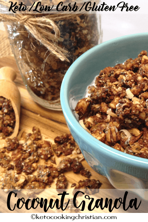 Coconut granola keto, low carb and gluten free