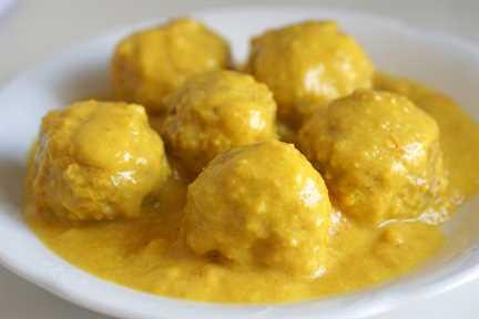 Receta de Albóndigas en Salsa de Almendras - Albóndigas Españolas en Salsa de Almendras