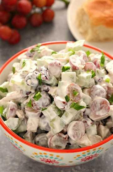 ensalada de pollo con uvas una receta fácil de ensalada de pollo con uvas