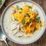 Sopa de queso crema y pavo de cocción lenta