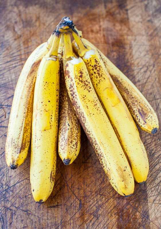 Mais de 40 receitas de banana em averiecooks.com