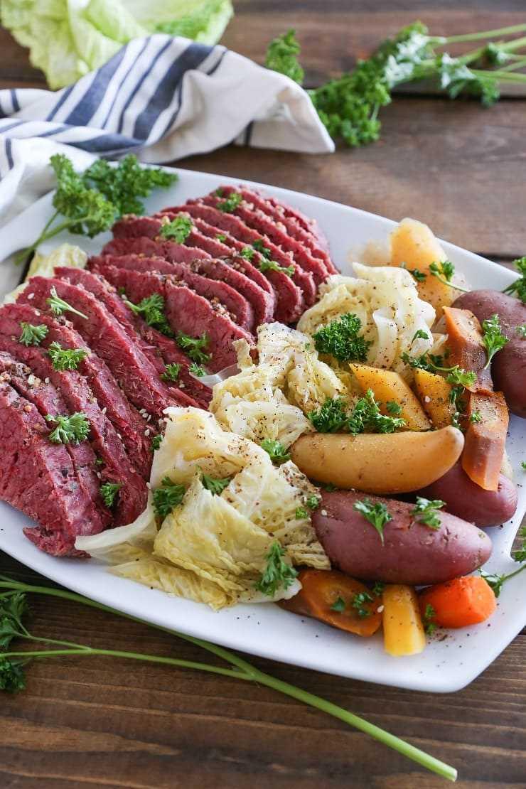 Crock Pot Corned Beef Und Col Einfaches Und Gesundes Rezept