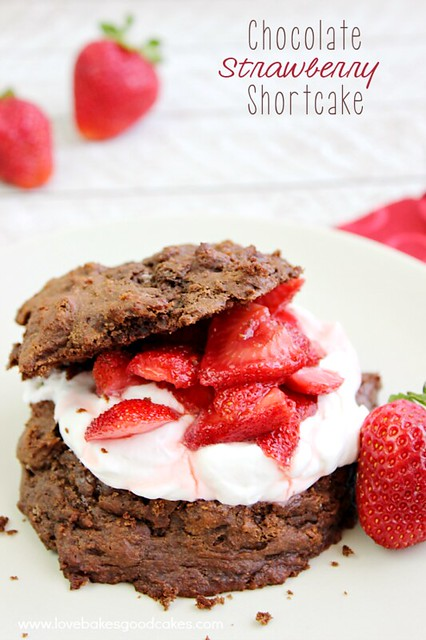 Strawberry Chocolate Cake - with a simple homemade brownie, homemade sweetened whipped cream, and juicy strawberries - this is a perfect summer dessert! # strawberries #chocolates # desserts