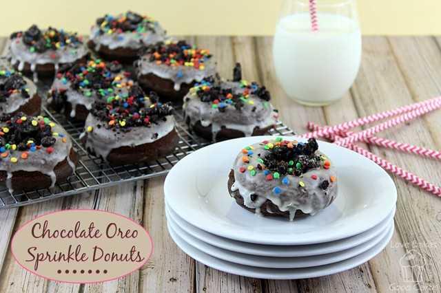 Donuts de chocolate Oreo Sprinkle #donuts # desayuno #chocolate #oreo