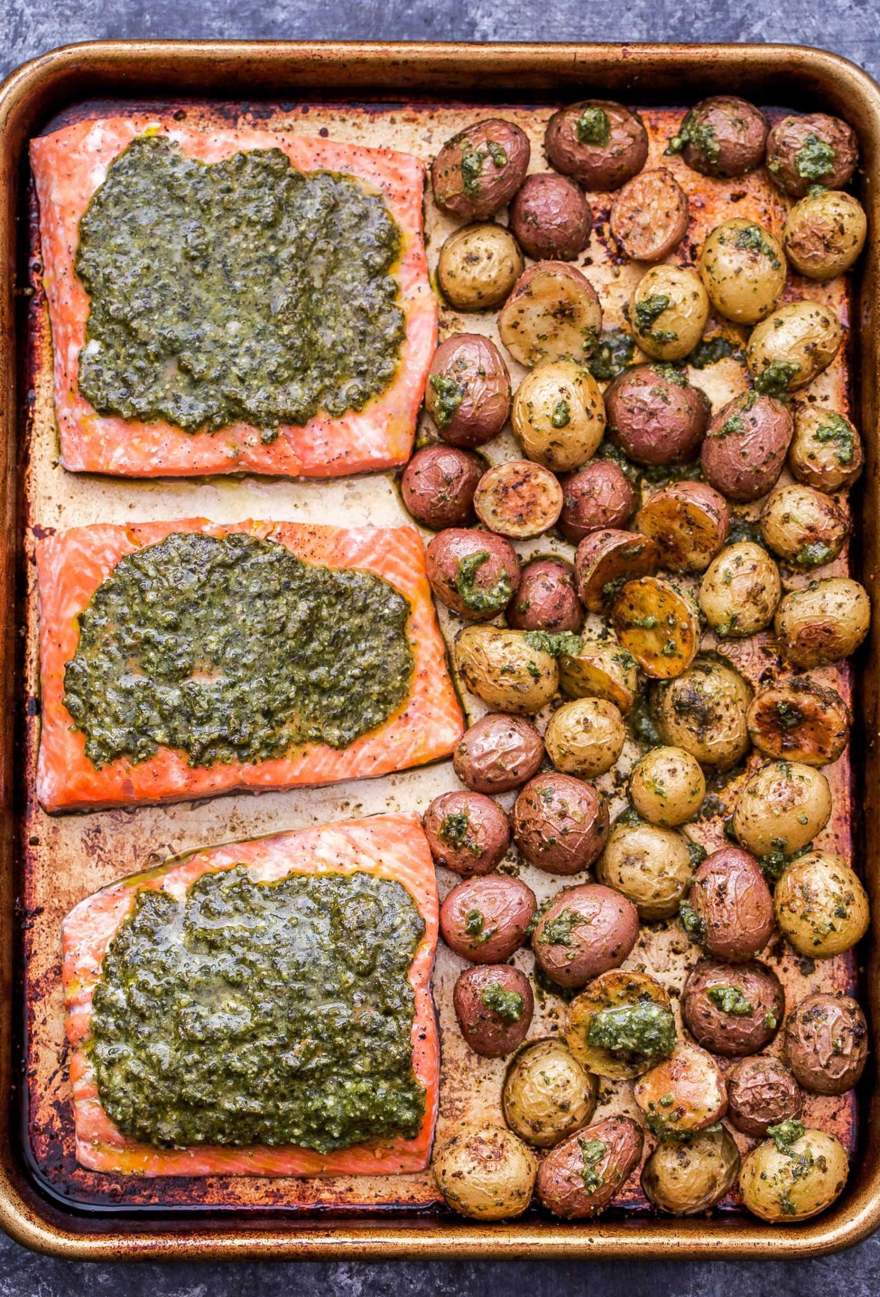 Pesto de folhas de salmão e batatas