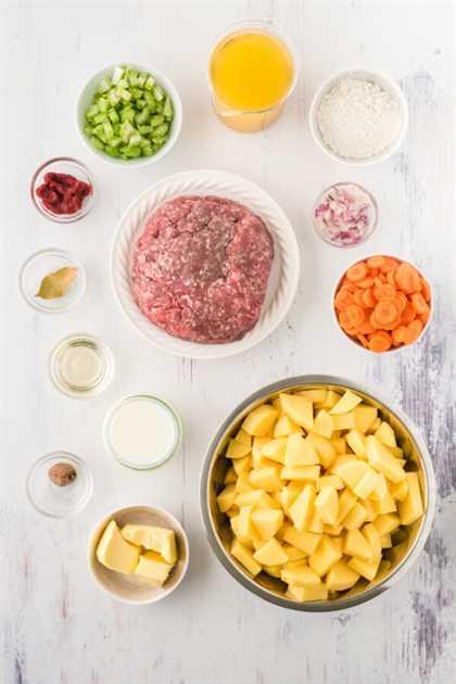 ingredientes sobre fondo blanco
