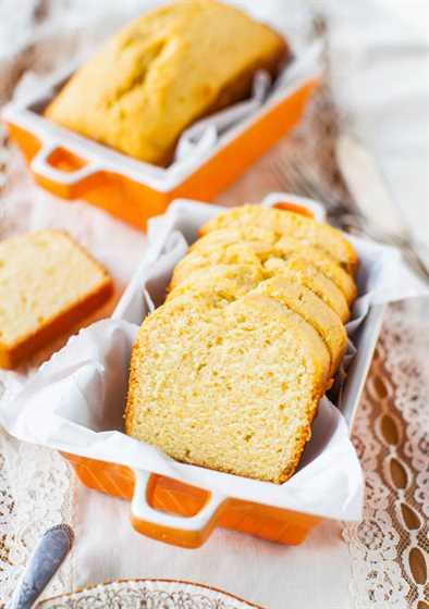 Mini bizcochos de queso crema con glaseado de queso crema de vainilla - Receta en averiecooks.com
