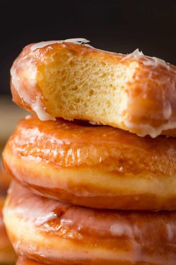 Vista central de donut esponjoso