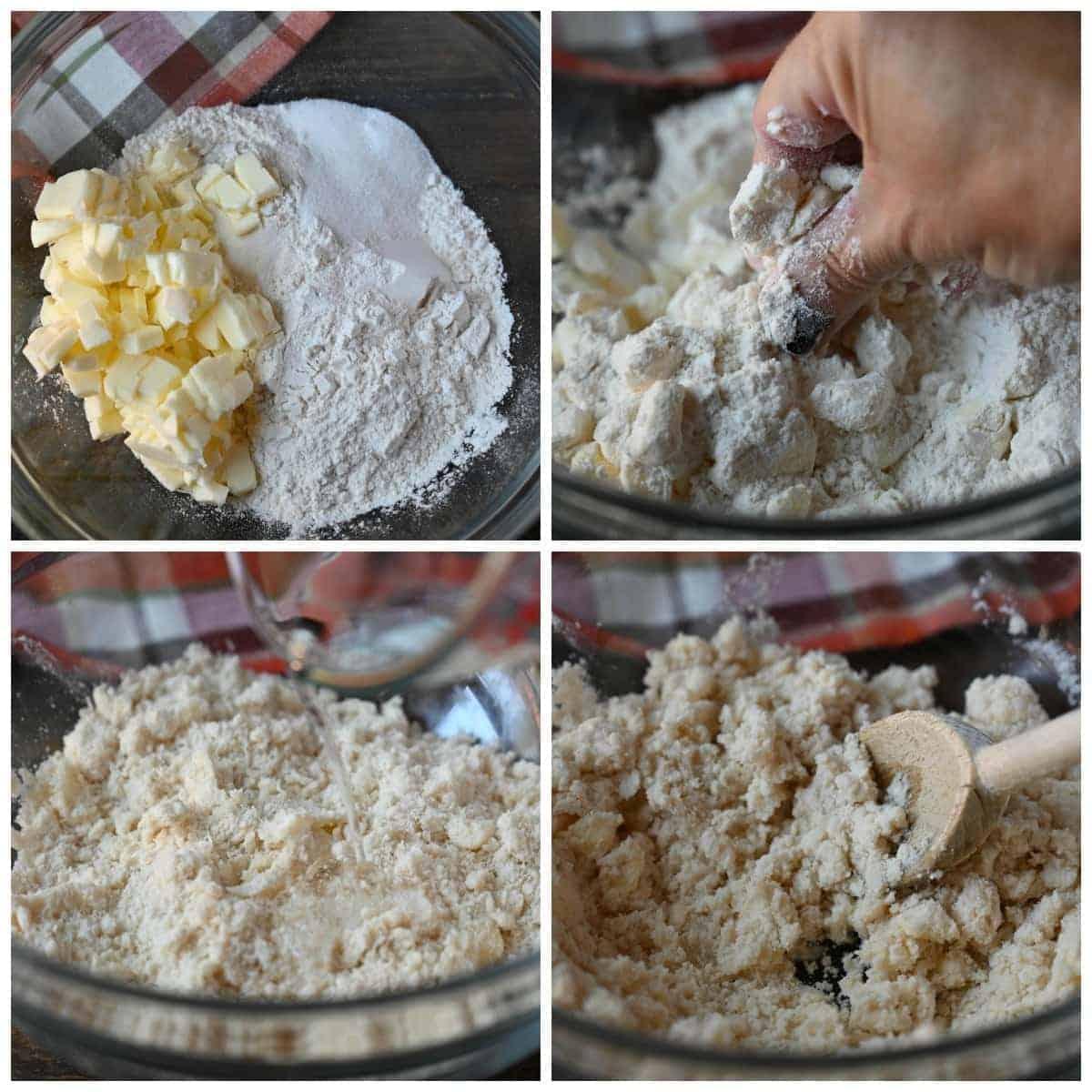 Cuatro fotos de proceso.  Primero, seque los ingredientes con trozos de mantequilla fría.  En segundo lugar, una mano mezclando la mantequilla fría y los ingredientes secos.  Tercero, ingredientes todos mezclados.  Cuarto, se vierte agua fría en la mezcla.
